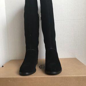 New UGG Women Gracen Boots.